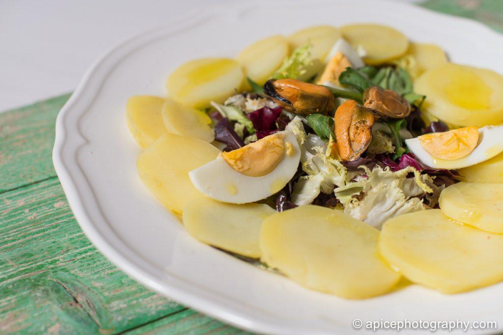 Ensalada de patata y huevo cocido 5