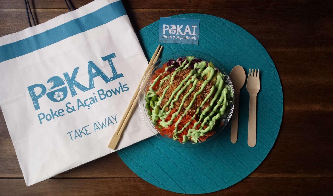 Presentación del poke bowl en casa