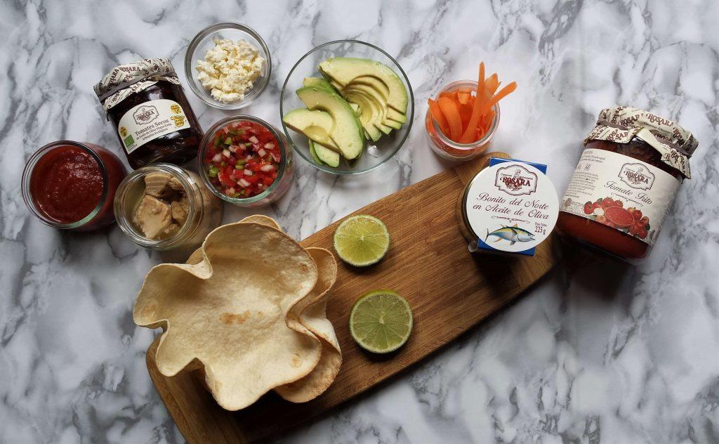 Ingredientes para fajitas fitness de verduras y bonito