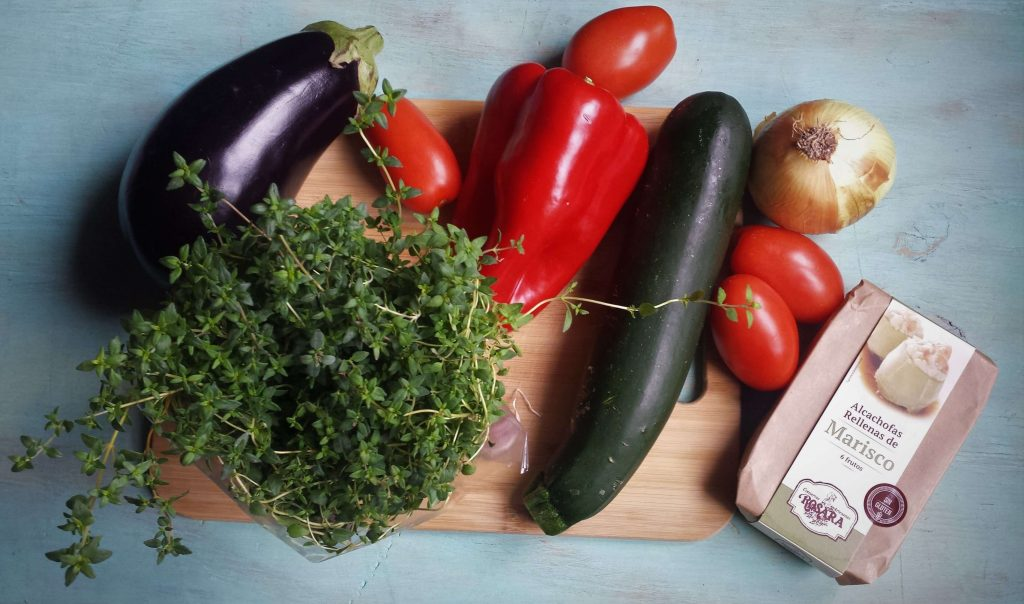 Ingredientes para alcachofas rellenas con ratatouille