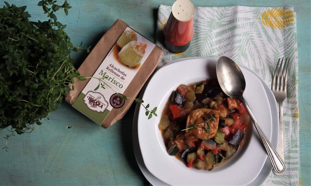 Alcachofas rellenas con ratatouille. Receta sin gluten.