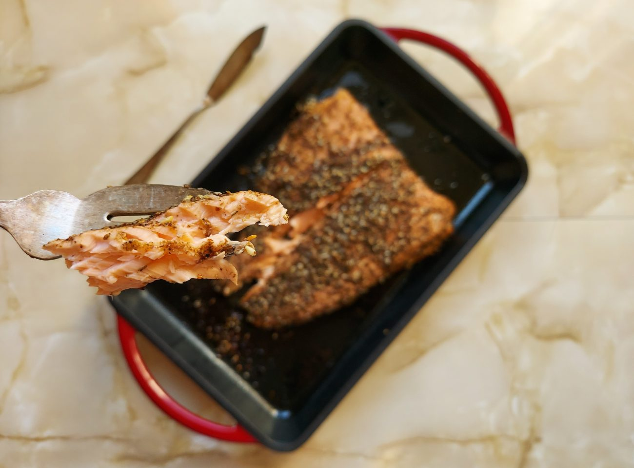 Receta fácil de lomo de salmón al horno con zatar