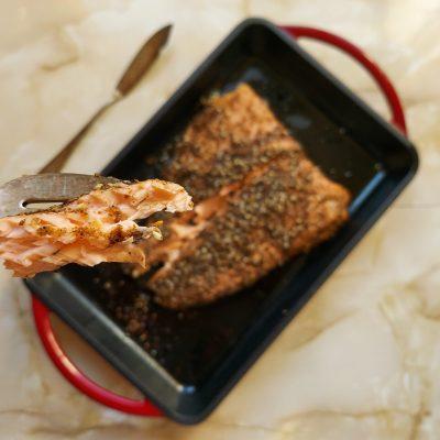 Lomo de salmón al horno con zatar